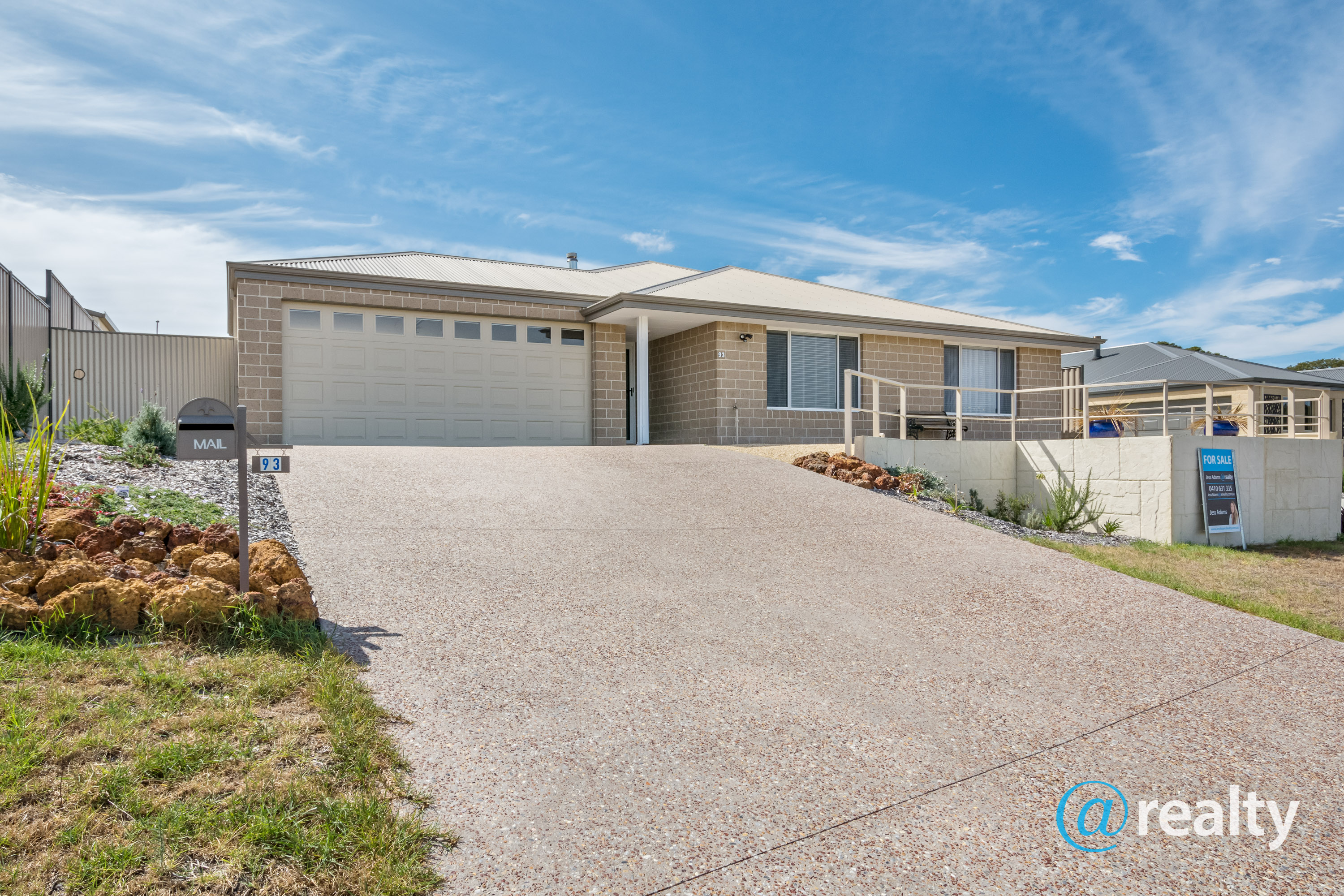 93 Greyhound Circle, Gledhow