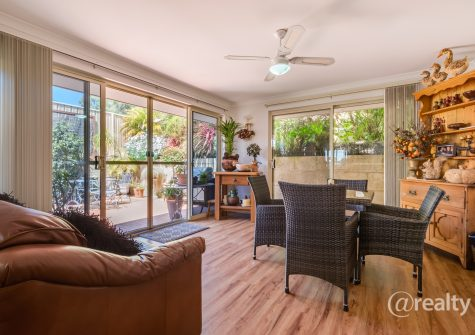 2/157A Middleton Road, Mount Clarence